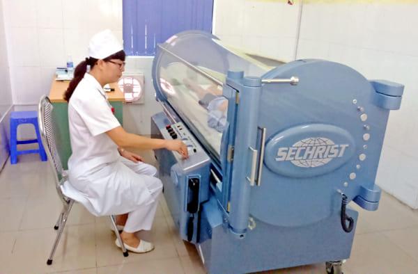 Hệ thống oxy cao áp được ứng dụng như thế nào trong điều trị bệnh