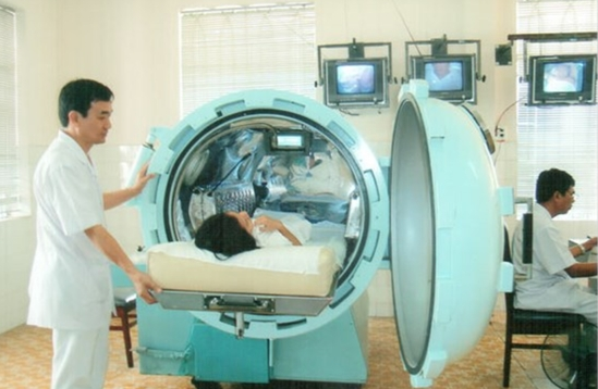 Oxy cao áp tăng hiệu quả giảm tác dụng phụ của xạ trị